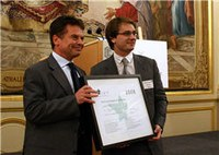 Benjamin Mestrallet, eXo Platform, reçoit le prix du jeune dirigeant de la technologie